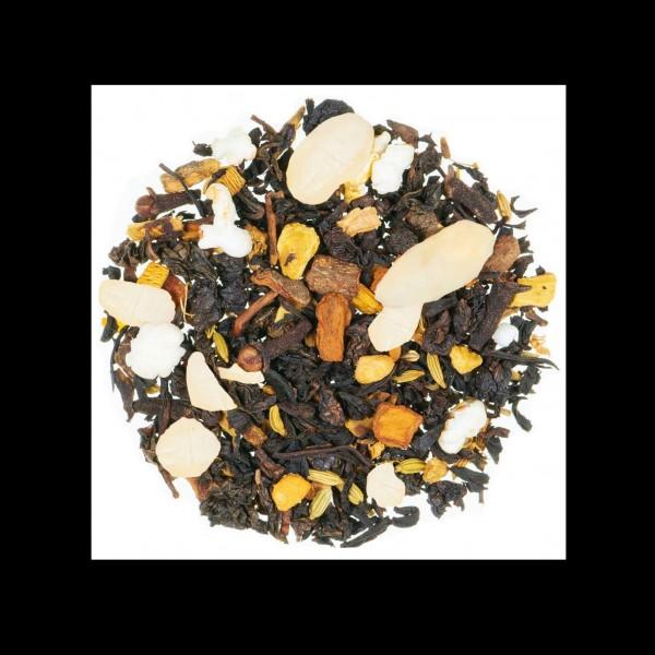 Orientalische Mandelmilch aromatisierter schwarzer Tee