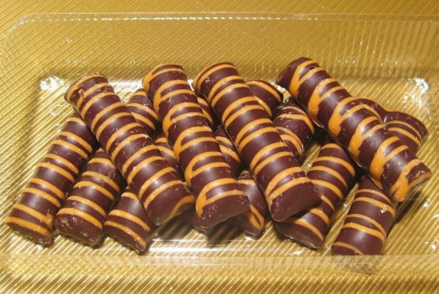 Orangen-Kokos-Stäbchen in Bitterschokolade