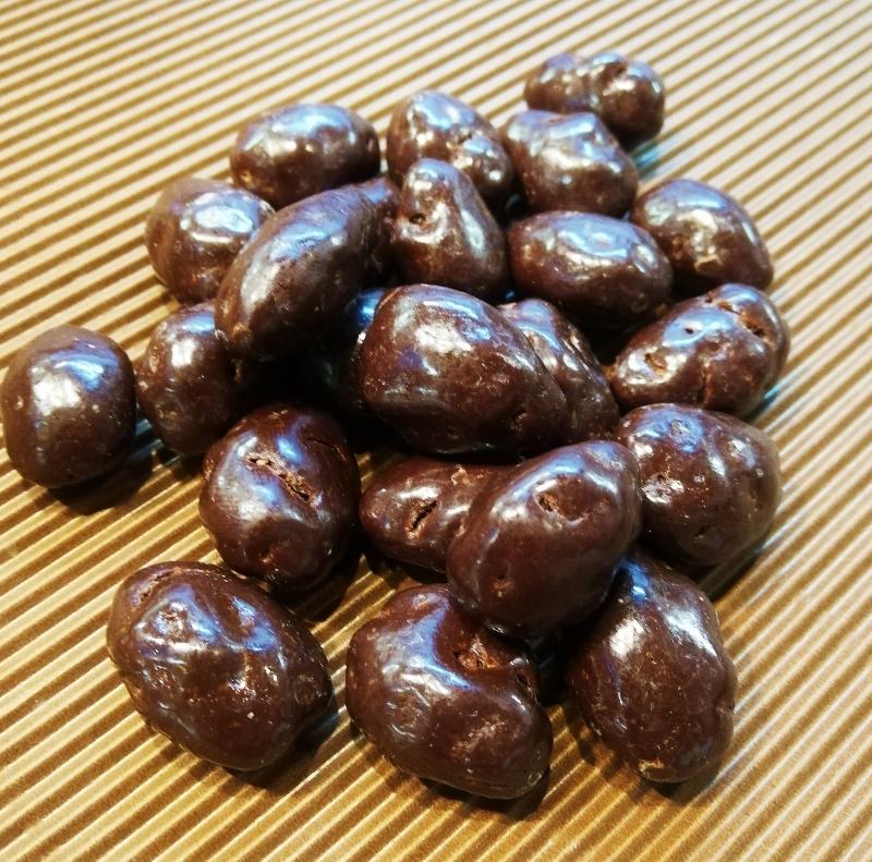 Mandelkerne dragiert gesalzen in Zartbitterschokolade